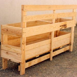 comedero pasillo madera ovejas y cabras