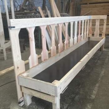 comedero-para-cabras-madera-caprino (2)